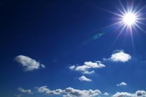1253656_shining_sun.jpg